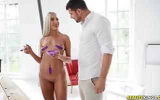 Comme ci Angelika Grays gets will not hear of pussy pounded wide of will not hear of scalding day